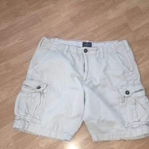 Men's size 38 American Eagle cargo shorts